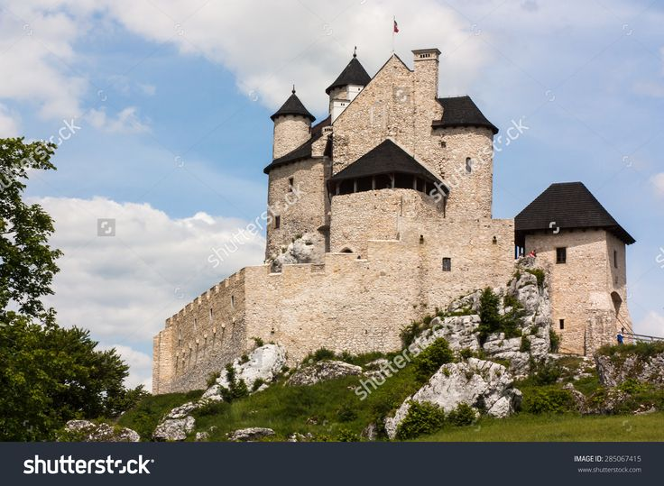 The Medieval Castle. Today The Museum Country. Poland Place: Jura Of Krakow Czestochowa, Village: Bobolice Zdjęcie stockowe 285067415 : Shutterstock