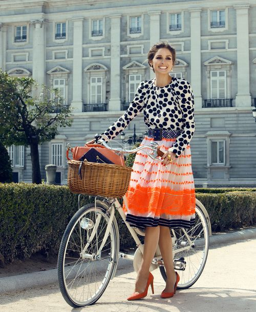 musings in femininity.: Oliviapalermo, Polka Dots, Bike, Mixed Patterns, Street Style, Outfit, Mixed Prints, Olivia Palermo, Patterns Mixed