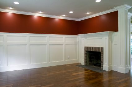 I love the high wainscoting in this room.Guest Room, Ceilings Beams, Red Wall, Colors, Ceilings Tile, Wall Moldings, Basements Ideas, Dining Room Wall, Crowns Moldings