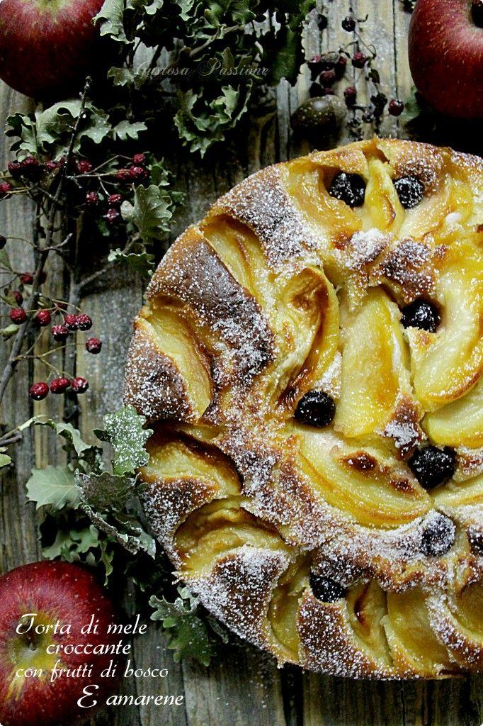TORTA DI MELE CROCCANTE CON FRUTTI DI BOSCO E AMARENE http://blog.cookaround.com/gustosapassione/2016/01/torta-di-mele-croccante-con-frutti-di-bosco-e-marene.html