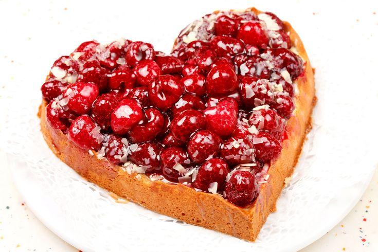 Tort inima cu zmeura