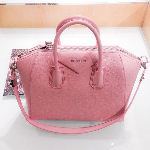 the shape of Givenchy's bags are to die for