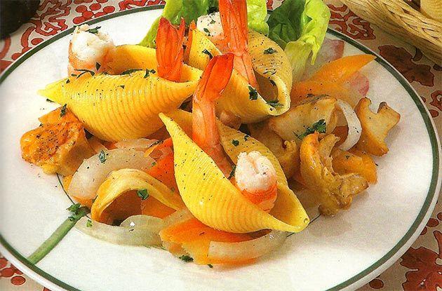 Conchiglioni ripieni di gamberi - http://gustosrecetas.com/conchiglioni-ripieni-gamberi/