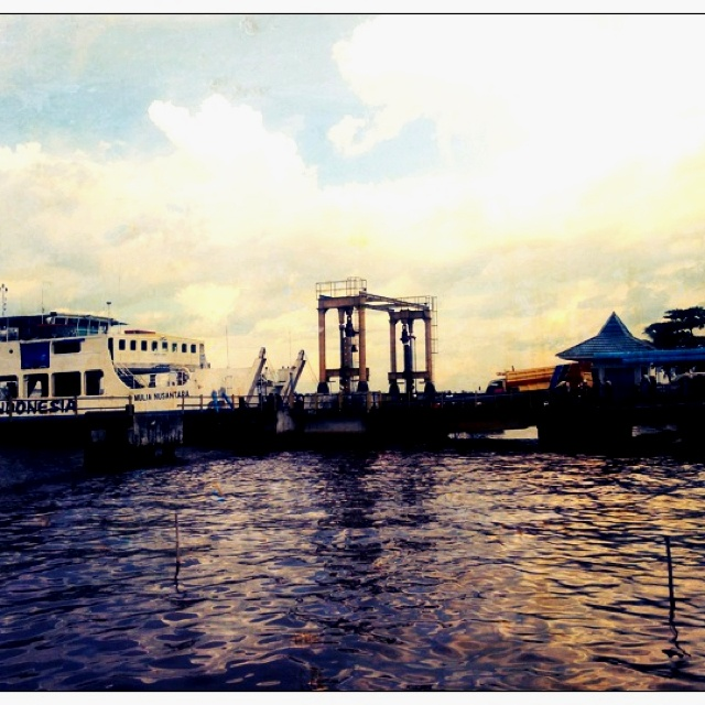 Ferry bridge in Pontianak