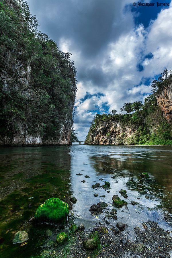 Río Yumurí, Baracoa (provincia de Guantánamo), Cuba                                                                                                                                                                                 Más