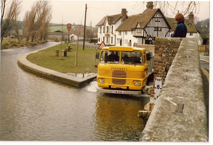TYM153S SCAMMELL Truck going through Ford at Eynsford Kent