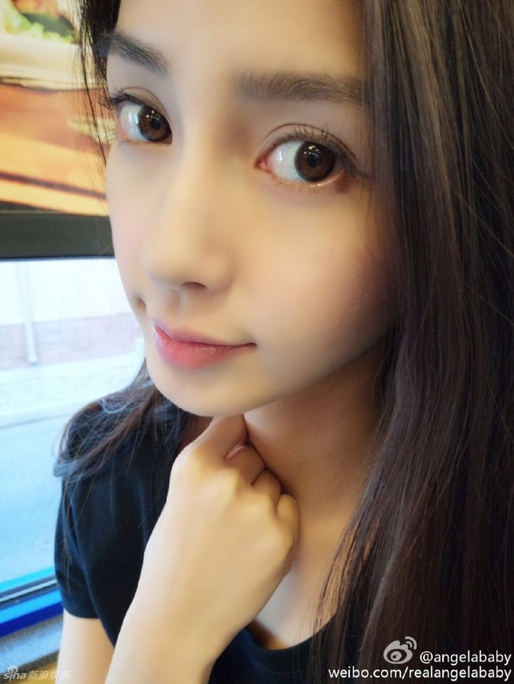 Hong Kong actress Angelababy http://www.chinaentertainmentnews.com/2015/08/angelababy-releases-new-photos.html