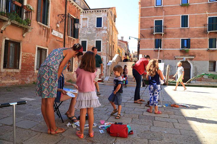 http://www.drawing-lessons.sognare-venezia.net Children art classes in Venice, Italy. http://www.drawing-lessons.sognare-venezia.net/