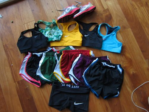 Nikeee. Just do it.Workout Outfit, Nike Workout, Running Gears, Nike Shorts, Workout Clothing, Sports Bras, Workout Gears, Work Out, Weights Loss