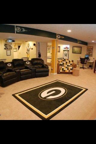 Packers Fan Cave