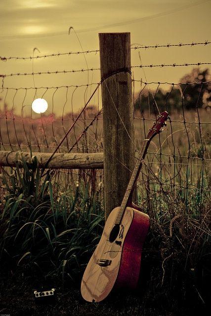 Buat yg suka main musik, biasanya darimana sih kamu dapat inspirasi buat mainin musik? Share yuk! #SMARTmusic