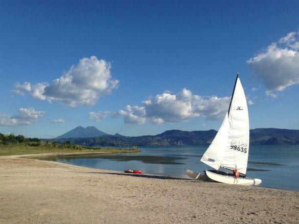 El Salvador - Ready to sail away at Lake Ilopango | suchitoto.tours@gmail.com