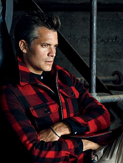 Timothy Olyphant...ME: If I made FABLES into a live-action movie he would so play Bigsby! He is so the wolf!