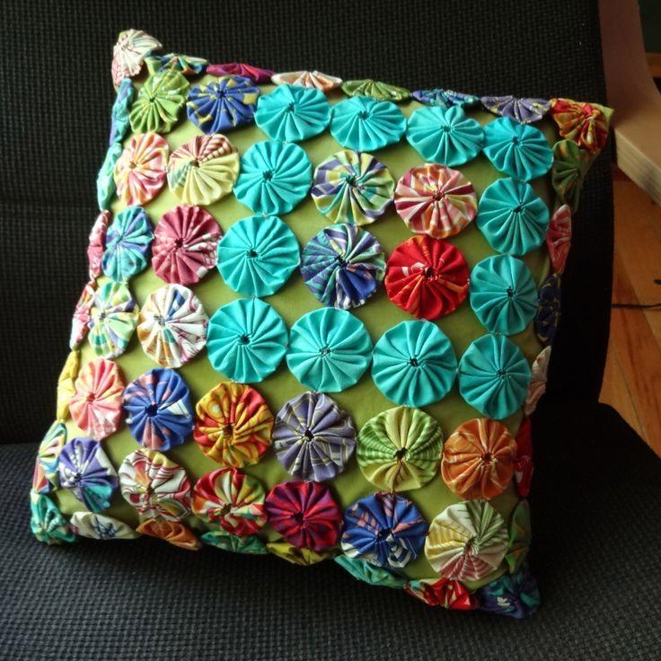 Yo Yo Pillow By Catherine Redford Yo Yo Quilts