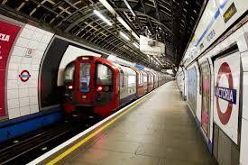 Pregopontocom Tudo: Metrô de Londres começará a funcionar de noite a a partir de julho...