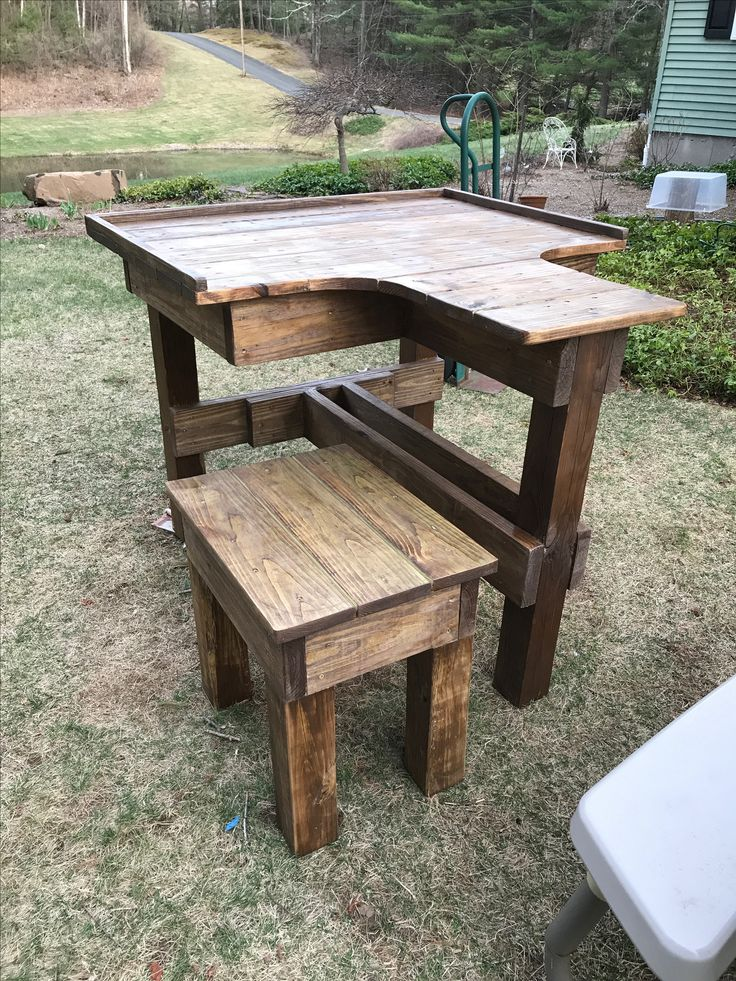 Shooting bench, all 2x6, 1x6, and 4x4 construction. 3 leg
