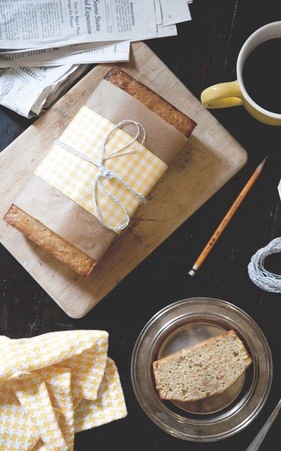 Banana Carrot BreadBananas Breads Recipe, Stunning Photography, Carrots Breads, Gift Ideas, Bananas Breads Packaging, Gift Wraps, Hostess Gift, Wraps Ideas, Bananas Carrots