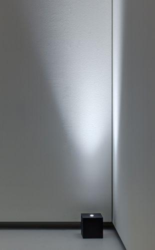 Lighting design, showroom Davide Groppi in Milan _