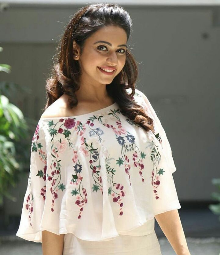 "4,777 Likes, 37 Comments - Rakulpreet fanpage✨♥ (@rakulpreethsingh) on Instagram: ""She looks so PRETTY in this outfit! _______________________ @rakulpreet #rakulpreetsingh #rakul"""