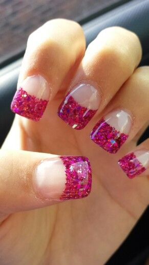 Sparkly pink acrylic tips
