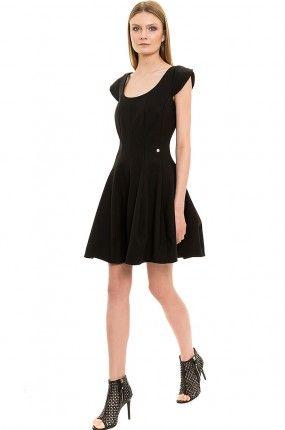 Sukienka - Simple - mini rozkloszowana czarna
