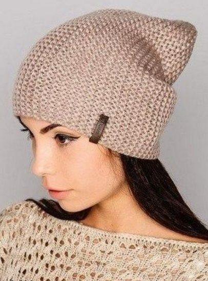Модная шапка-бини спицами