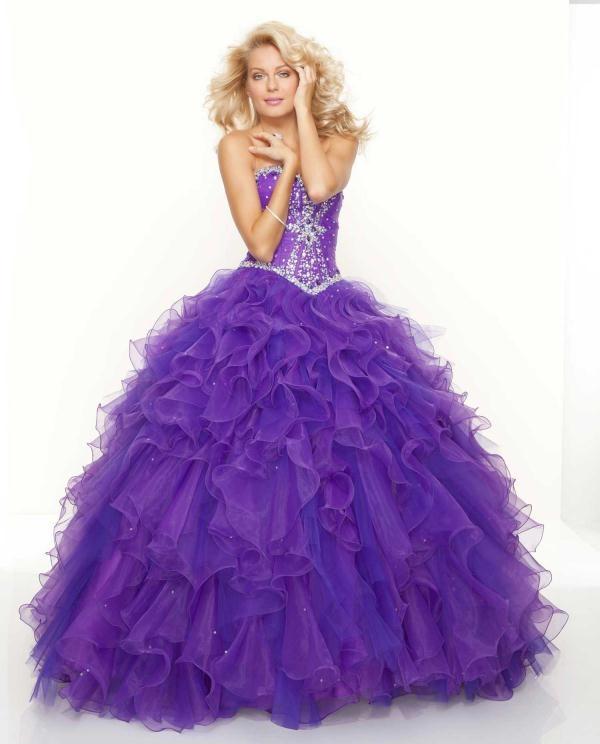 Dark purple dress with purple tool and jewels