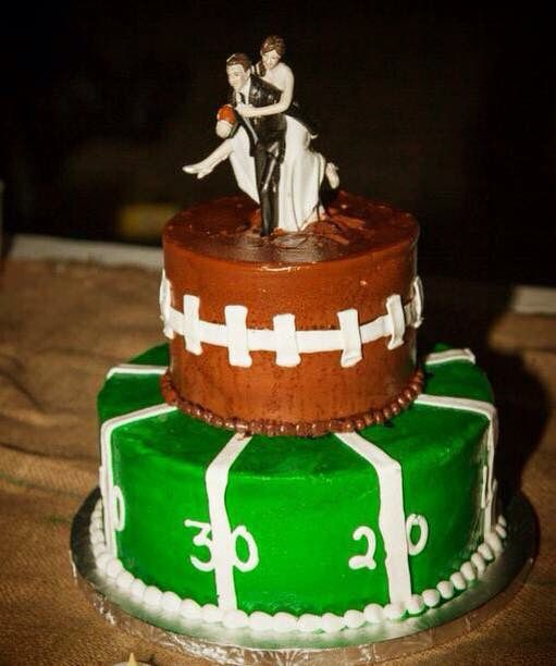 Football grooms cake with his cheerleader! Burden | Moore Wedding Essie Weddings