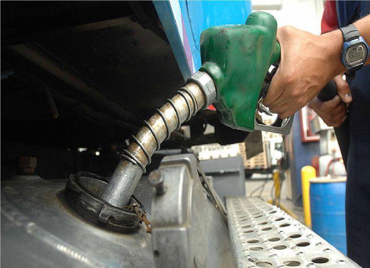 En el 2018 vuelve a aumentar el combustible.: Lo advirtió el empresario, Ricardo Stella, quien admitió que el incremento dependerá de la…