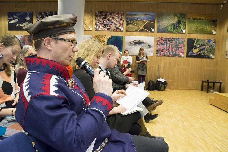 Seminaariyleisöllä riitti kysyttävää. Vastaamassa Pentti Pieski. Kuva Arto Vitikka.