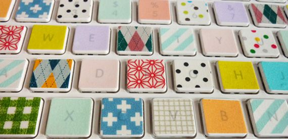 Washi tape keyboard, how crafty!   (check www.poodlesandnoodles.com to find a nice collection of washi tapes!)
