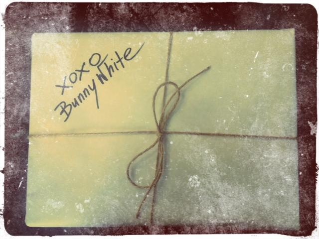 GIFT BOX from BW***  xoxo bunny White