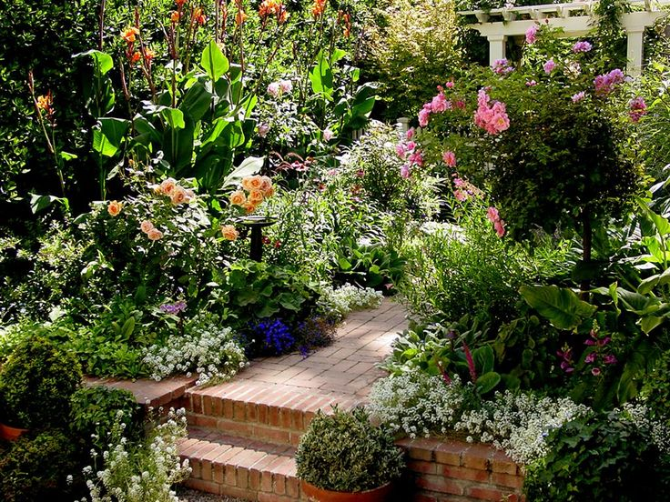 185 best english cottage gardens images on pinterest for Country cottage garden designs