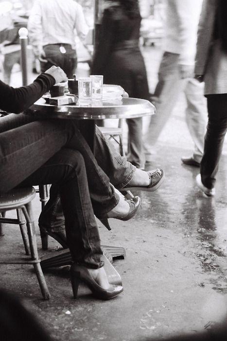 Les Parisiennes, Café Mabillon, Paris, 2008.Photos, Sidewalk Cafes, Paris, Friends, Coffee, Black White, Coffe Cafes, Cafes Culture, Photography