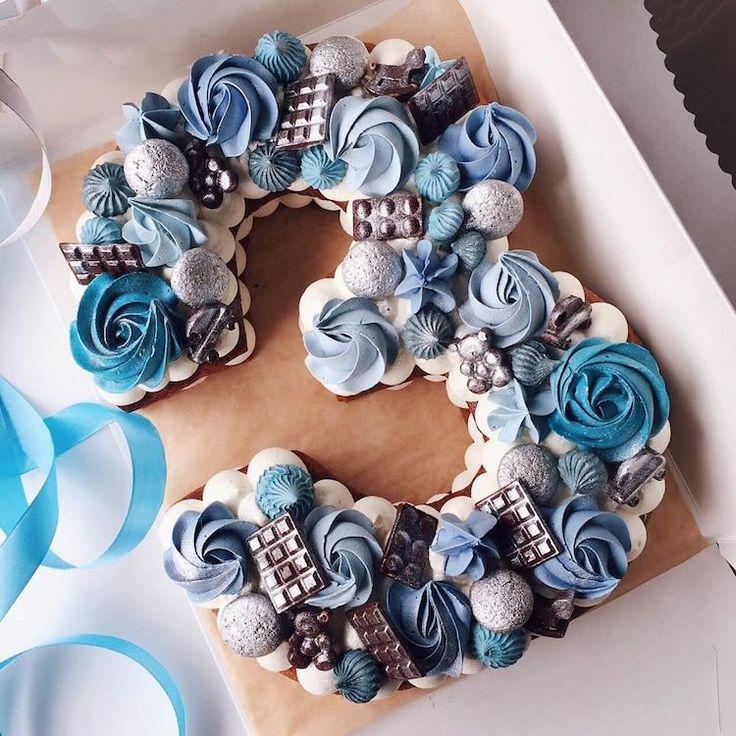 # kuchenförmiger kuchen 3 keks creme deco schokoladen baiser blau   – Anniversaire enfant | Idées déco | Gâteau | Trucs & astuces