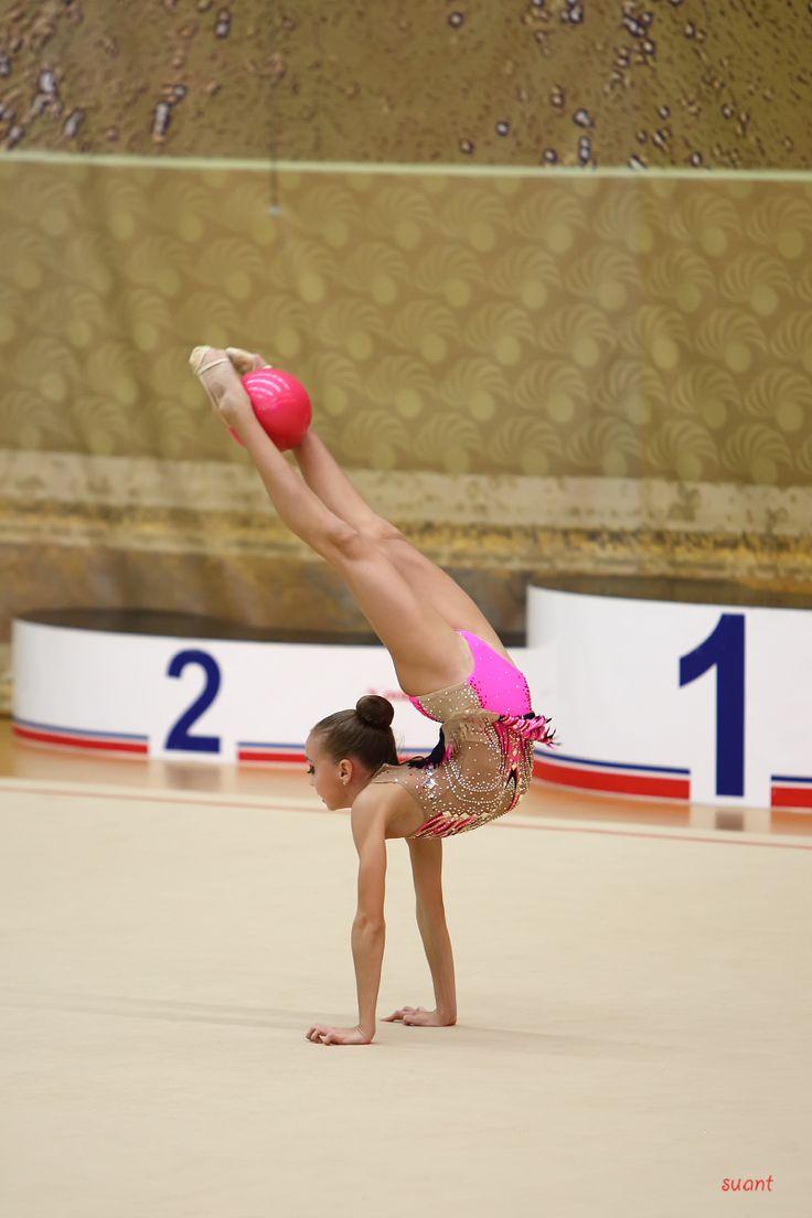 Image forward roll jpg gymnastics wiki -  Rhythmic Gymnastics Anastasiarussia