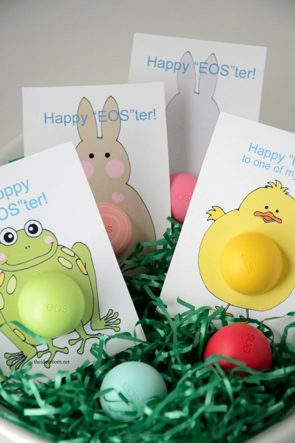 Create some adorable Easter Gifts for someone who loves EOS Lip Balm. Free Printable Easter Gift cards so you can attach your eos lip balm to them.