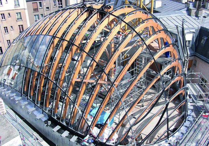 Wood roof framing / curved / glulam - JÉRÔME SEYDOUX-PATHÉ by Renzo Piano…