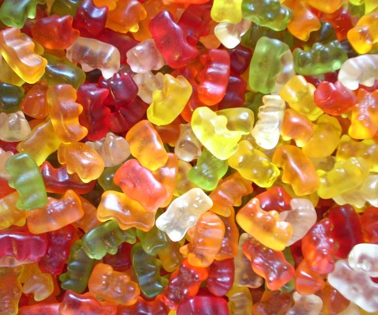 Teddy Bears in a 3kg bag. That's a huge 3000 grams of sweets. £13.99