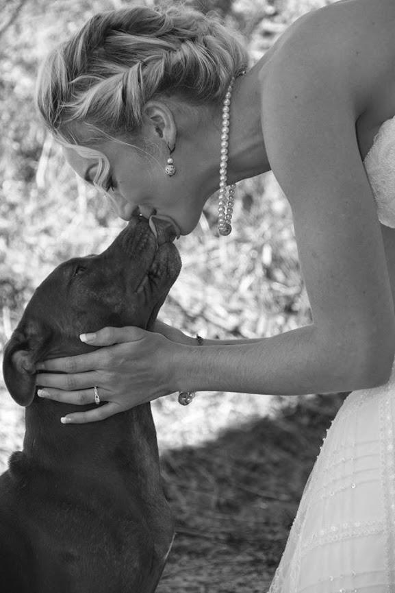 """""""Muito freqüentemente, nós subestimamos o poder do carinho, de um sorriso, uma palavra amável, um ombro amigo, dar ouvidos, um elogio honesto, ou o menor ato de dedicação, pois todos têm o poder de transformar uma vida."""" Dr Leo Buscaglia"""