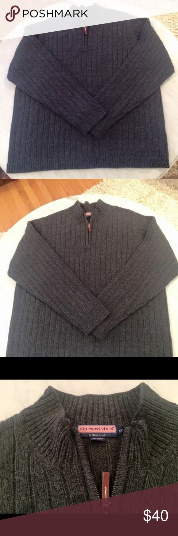 Vineyard Vines merino wool men's half zip Sweater Half zip charcoal gray 100% merino wool sweater by Vineyard Vines!!  Really great condition!! Size XXL Vineyard Vines Sweaters Zip Up