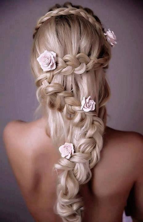Wauw! Mooi bruidskapsel. Leuk voor een bohemian thema!