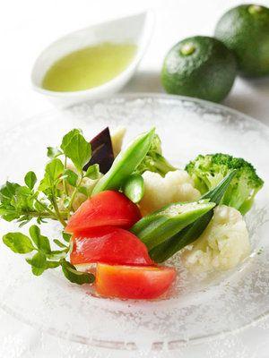 【ELLE a table】青柚子の香りサラダ(ユジャドゥレシン ヤッチェ)レシピ|エル・オンライン