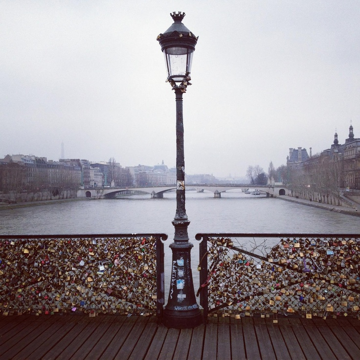 64 best images about stop love locks on pinterest love for Locks on the bridge in paris
