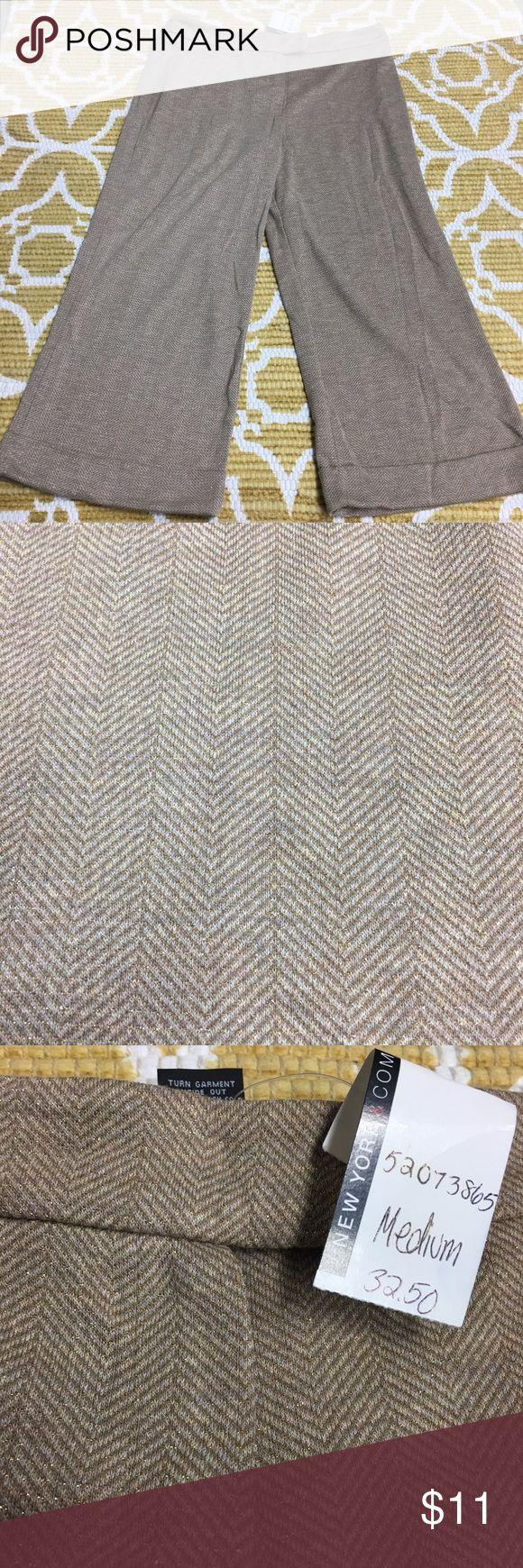 NWT - Med Tan/Gold NY&C Capri Trouser NWT - Med Tan/Gold NY&C Capri Trouser New York & Company Pants Capris
