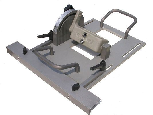 Chainsaw Attachments, Chainsaw Mills, Alaskan Sawmill, Log