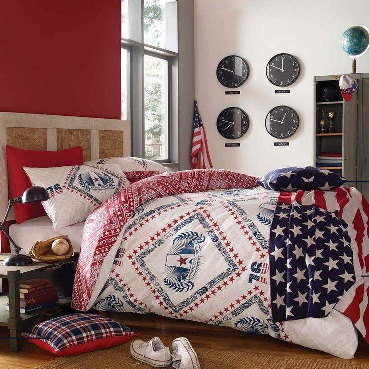 aménagement chambre ado garçon à l'américaine - literie en blanc, rouge et bleu - les couleurs du drapeau américain