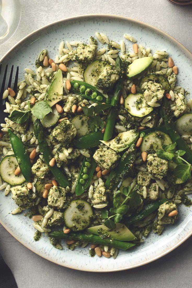 Supergreen Pesto Pasta With Quorn Pieces Recipe In 2020 Quorn Recipes Veggie Dishes Quorn