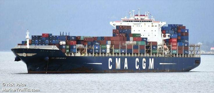 """Buque: """"CMA CGM BIANCA"""". Año de contrucción: 2011. Tipo: Portacontenedores. Propietario: Danaos Shipping Co LTD. Operador: CMA CGM - Marsella (Francia). Dimensiones: Eslora 334,98 m. Manga 48,84 m. Calado 14,6 m. Carga (DWT): 101.433 Tm. Capacidad máxima TEU: 8.530 contenedores. Contenedores frigoríficos: 700. Motor: B&W - tipo: 12K98MC. Potencia: 86.520 Kw. Velocidad máxima: 15,8 nudos. Identificativo: 9HA2889. IMO: 9436367. Bandera: Malta."""