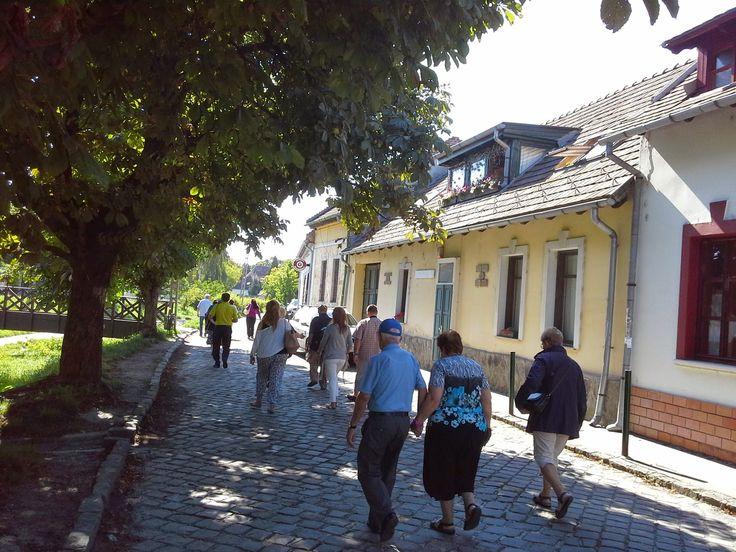 *Αξίζει να τα Δείτε *: Εικόνες από Μπρατισλάβα & Άγιο Αντρέα Ουγγαρίας